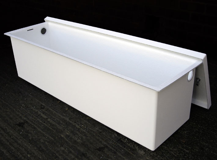 Sui Generis mould GRP seamlessly into complex curves, and as a composite material is very strong and light.