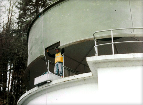 4. A daf tank cover lowered into position at a water treatment works in Wales
