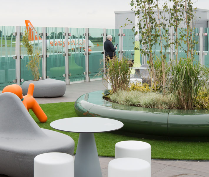 Corona Planters were specified for the roof terrace section of the newly upgraded east terminal at Bristol Airport.