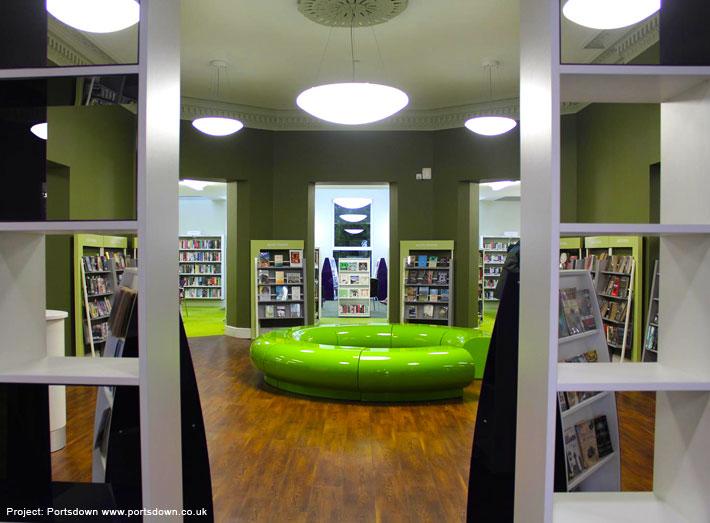 Modular seating supplied to create 3 metre diameter circular arrangements.