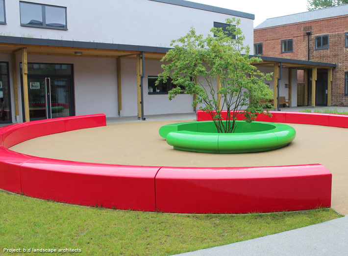 GeoMet seating creates a large eye-catching centrepiece that would also provide additional outdoor seating to the prestigious school.