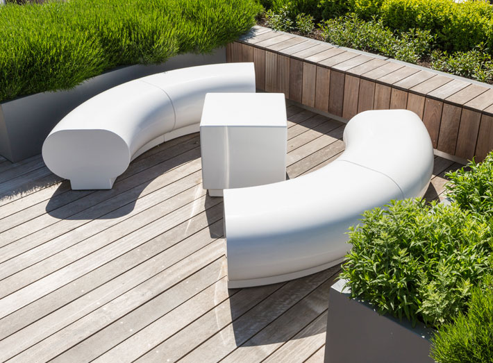 GeoMet seating is UV-resistant and highly durable so requires minimal maintenance, making it very cost-effective.