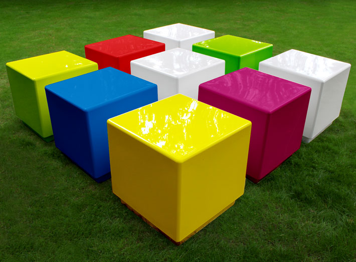Cube can be made in any BS/RAL colour to match any interior or corporate colour.