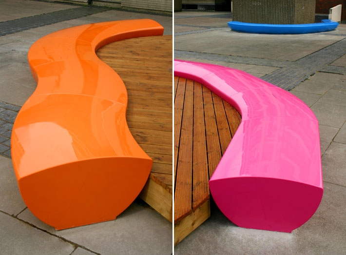 9. Serpentine seating sections can be adapted to fit any size of space.
