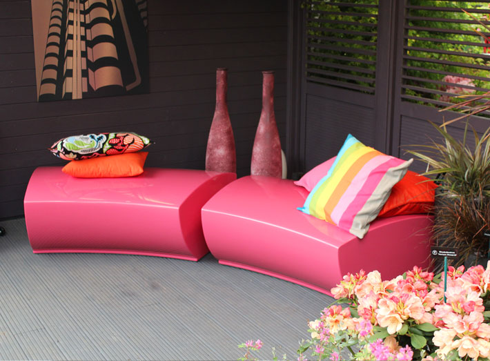 Impress and relax visitors with Serpentine seating in interior or exterior living areas. RHS Flower Show, Chelsea.
