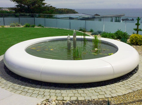 15. Aqua Corona water features create a striking garden landscape centrepiece.