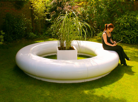 6. Halo seating is hardwearing, suitable for interior or exterior use.
