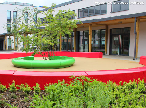 8. Seating ideal for public spaces, commercial and residential areas.