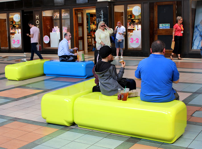 GeoMet seating is exceptionally durable, so requires minimal maintenance whilst offering maximum visual impact.