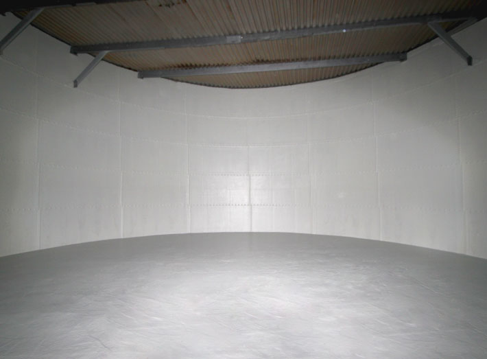 Sui Generis applied a corrosion and leak resistant GRP lining, extending the life of the tank by at least an extra 20 years.