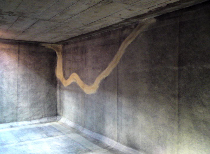 Large missing areas of render can be simply moulded around, saving on the cost of replacement.