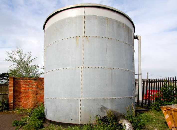 A full and long-lasting water tank repair fixing leaks and corrosion.