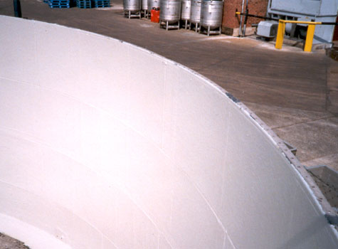 18. Fully lined effluent tank.