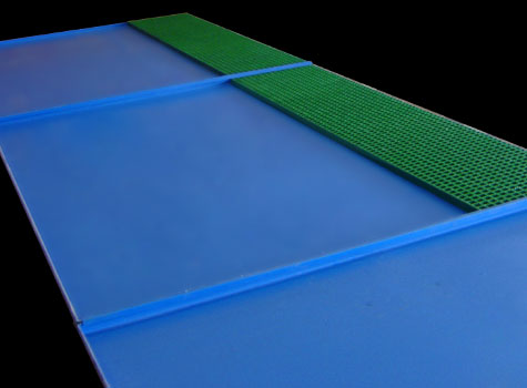 4. Custom-built spill trays with anti-slip grating for operators to stand safely.